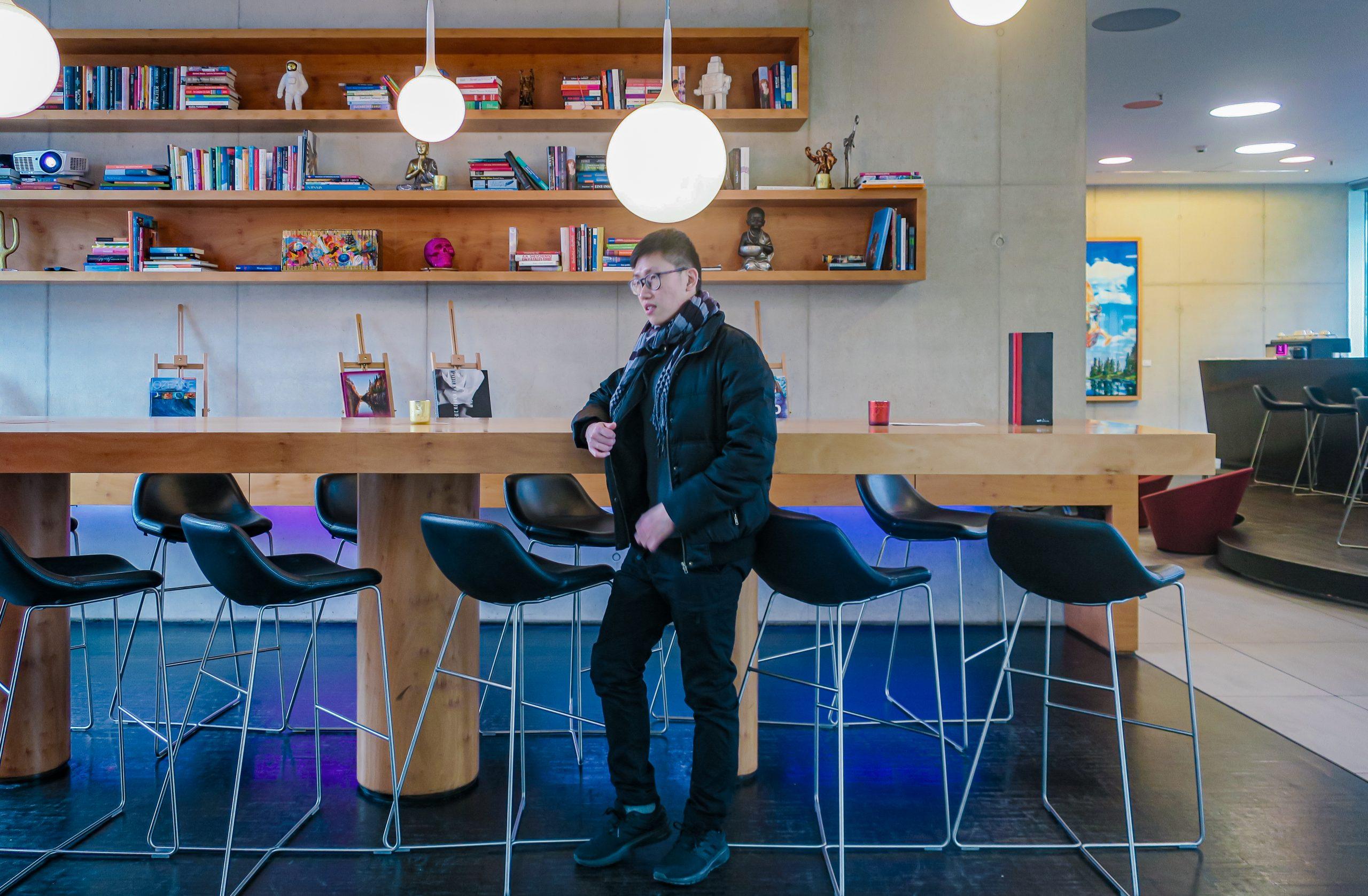 Art'otel Cologne by Park Plaza lobby